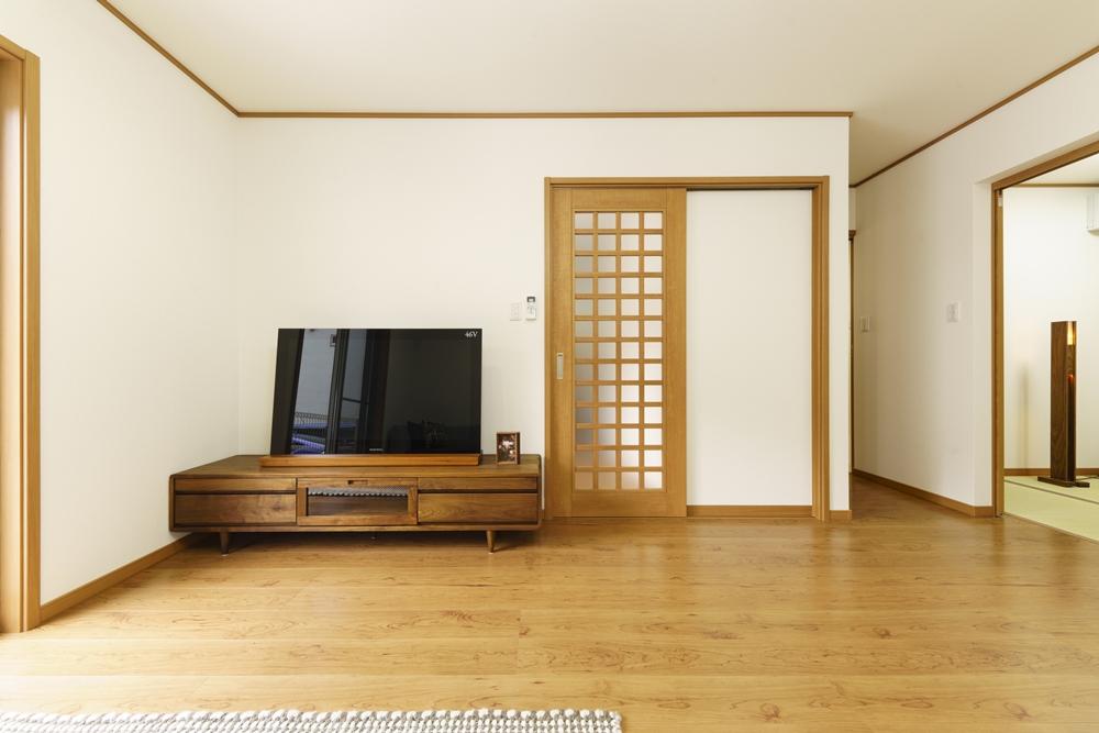 長崎市,SEIBU,分譲,土地,新築,マイホーム,施工事例,リビング,テレビボード,インテリア,暮らし,明るい,シンプル,ベストライフの家,ウッディ―,心地のいい家,