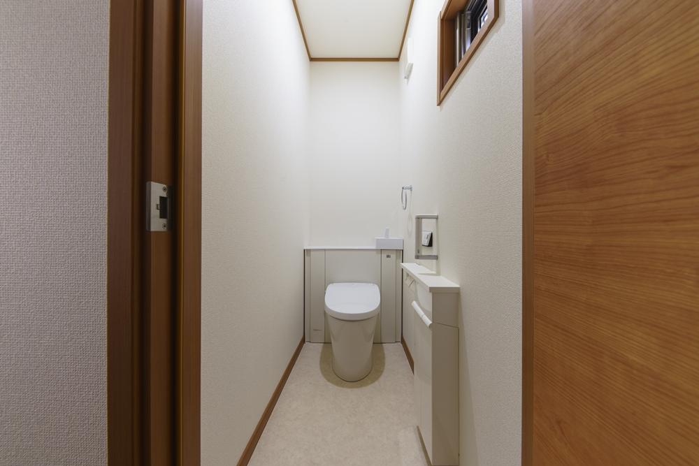 長崎市,SEIBU,分譲,土地,新築,マイホーム,施工事例,トイレ,収納,インテリア,暮らし,明るい,シンプル,ベストライフの家,ウッディ―,心地のいい家